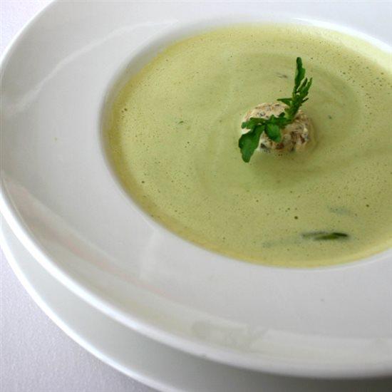 cesnakova-polievka