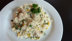 Krémová ryža s kuracími kúskami a kukuricou